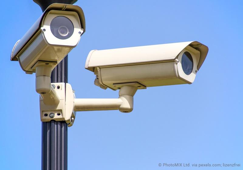 Videokameras als Zeichen für den Überwachungsstaat