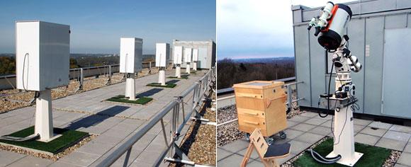 Beobachtungsinseln mit Wetterhauben (links) und einsatzbereites Teleskop (rechts)