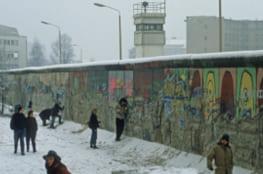 Berliner Mauer zur Nachkriegszeit