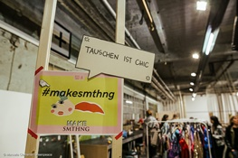 "Aktion ""Make something""; hier Kleidertauschparty"