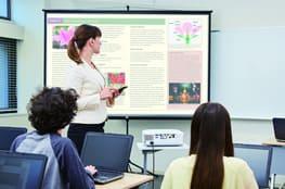 Neue Projektoren von Casio ermöglichen besseres Präsentieren