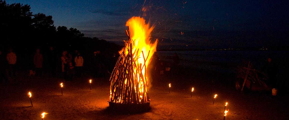 Feuer und Flamme - Entstehung und Löschmethoden